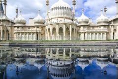 皇家pavillion反射全景布赖顿英国 免版税图库摄影