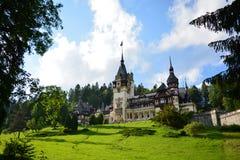 皇家Peles城堡在锡纳亚,罗马尼亚 免版税库存图片