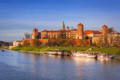 皇家Wawel城堡在维斯瓦河的克拉科夫 库存照片