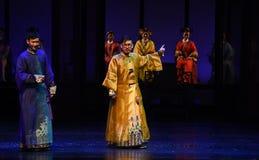 皇帝和王子幻灭现代戏曲女皇在宫殿 库存照片
