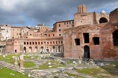 皇帝Trajan罗马皇家论坛在罗马,意大利 免版税图库摄影