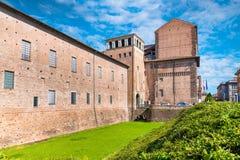 皮亚琴察,中世纪镇,意大利 Palazzo Farnese XVI-XVII世纪,对宫殿的入口 免版税库存照片