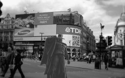 皮卡迪利广场的蝙蝠侠 免版税图库摄影