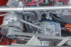 皮带传动的引擎辅助部件 库存图片