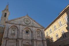 皮恩扎, TUSCANY-ITALY, 2017年10月30日:皮恩扎,托斯卡纳,意大利老镇  库存图片