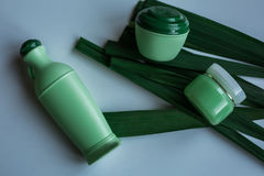 皮肤和身体关心卫生学湿气化妆水 免版税库存图片