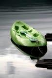 皮船在湖 库存照片