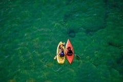 皮艇,苏必利尔湖,上部半岛,密执安 免版税图库摄影