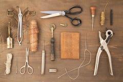 皮革工艺工具 库存照片