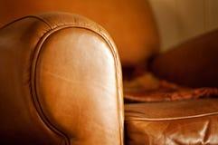 皮革的扶手椅子温暖 免版税库存照片