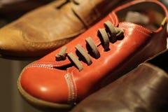 皮革红色鞋子 免版税库存图片