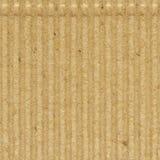 皱纸板goffer纸纹理,明亮的概略的老被回收的goffered起皱的织地不很细空白的空的难看的东西拷贝空间 库存图片