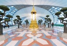 盆景庭院在曼谷机场 图库摄影