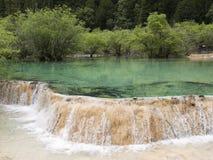 盆景瓷huanglong池塘 免版税库存照片