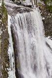 盐小河在冬天落 免版税库存照片
