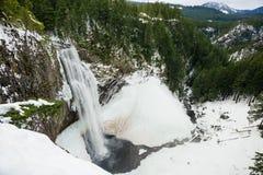 盐小河在冬天落 库存图片