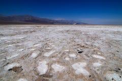 盐平在恶水盆地inÂ死亡谷国家公园一 图库摄影
