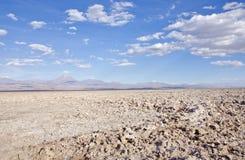 盐平面在晴朗的阿塔卡马沙漠在智利 库存图片