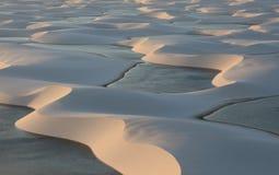 盐水湖在沙漠 免版税库存图片