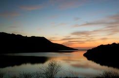盐水湖晚上海洋日落 免版税库存图片