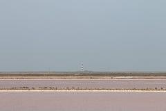 盐湖和Faraman灯塔, Camargue,法国 免版税图库摄影