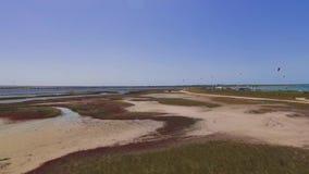 盐湖风景有沿海盐沼的,空中录影 股票录像