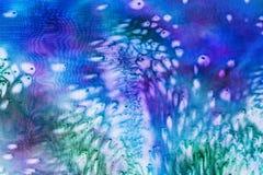 盐蓝色蜡染布的抽象样式 库存照片