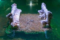 盐水晶长凳 免版税图库摄影