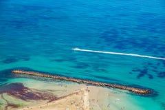 盐水湖水上运动海滩 免版税库存图片