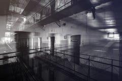 监狱里面,两次曝光 库存图片