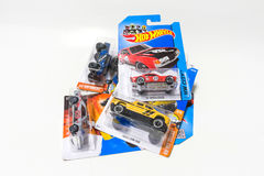盒热的轮子死塑象汽车玩具 库存照片
