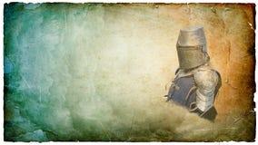 盔甲的装甲的骑士与盾-减速火箭的明信片 库存图片