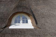盖的屋顶 库存照片