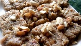 盘印第安甜点 匏barfi 库存照片