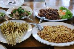 盘,在桌上的盘,亚洲盘,可口吃概念的特写镜头图片 库存照片