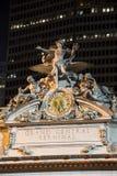盛大中央终端时钟在夜,纽约之前 免版税库存图片