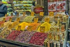 盛大义卖市场、香料和干草本 图库摄影