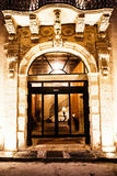 盛大历史大厦入口在Ortigia 西西里岛 免版税库存图片