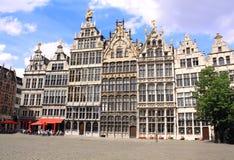 盛大地方的,安特卫普,比利时中世纪房子 免版税库存照片