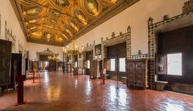 盛大大厅,辛特拉,里斯本全国宫殿  免版税库存照片