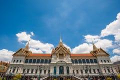 盛大宫殿公众 库存图片