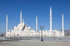 盛大清真寺在富查伊拉,阿拉伯联合酋长国 库存照片
