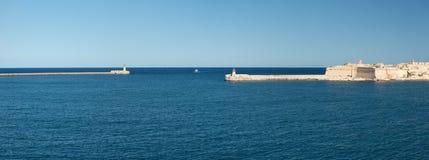 盛大港口马耳他的入口 免版税库存图片