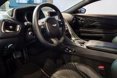 盛大游览车汽车阿斯顿・马丁DB11的内部, 2016年 免版税库存照片
