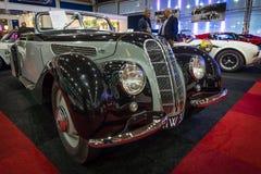 盛大游览车汽车BMW 327敞蓬车, 1939年 免版税库存图片
