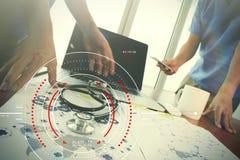 目标焦点数字式图和图表的概念连接机智 免版税库存照片