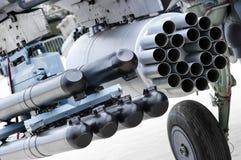 直升机导弹发射装置 免版税库存照片