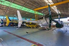 直升机飞机棚 免版税库存照片