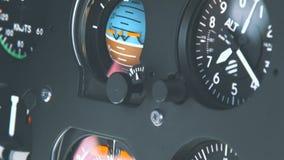 直升机驾驶舱,高科技仪表板,驾驶经营的飞机 影视素材