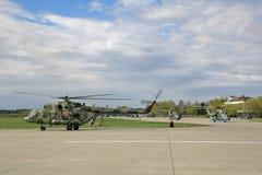 8直升机mi 库存照片